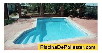 Precios piscina polister segn tamao y profundidad hay un for Valor de una piscina de hormigon